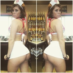 Amateur Monday!@? Need to know who this is… that ass is
