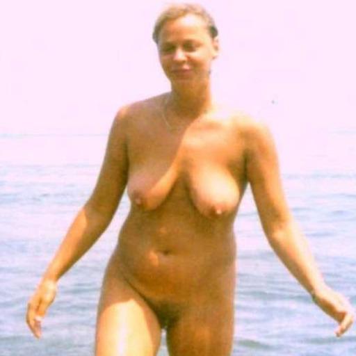 Jogging Nude