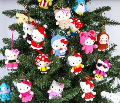hello-kitty:  HK Christmas Tree