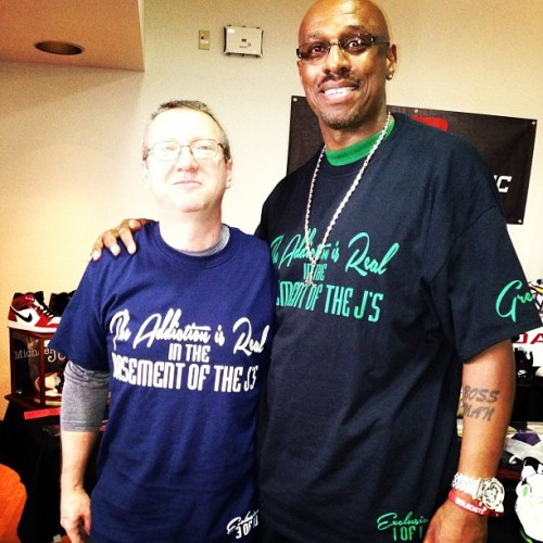 S/O to Steve, father of @calebhanes copped 3/10 of the exclusive limited tees from @bigdee134atk only 10 total made.