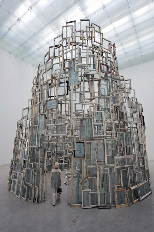 Chiharu shiota  Idea of being surrounded by multiples - can look at it from outside and inside. How much difference does this make to the viewer..?