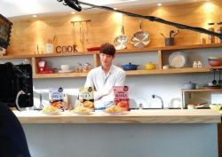 jongsuk-woobin:   Kim Woobin new cf cr: 推特 @King9120  Is it something like Nongshim Saeukkangㅋㅋㅋㅋㅋㅋㅋㅋ?