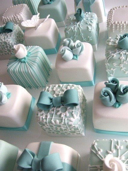 outerinner-gallery:  How about decorated mini cakes instead of a traditional wedding cake?