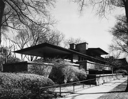 Frank Lloyd Wright - Robie house, Chicago (1910)