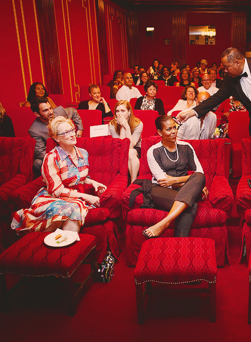 Meryl Streep & Michelle Obama  WE ARE ALL AMY ADAMS.