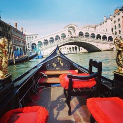 🚣  (at Rialto Bridge, Venezia)