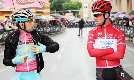cadenced:  Vincenzo Nibali and Mark Cavendish compare jerseys in this year's Giro d'Italia. The Daniel Dal Zennaro photo accompanies a Guardian article looking at Nibali's increasingly strong hold on the winner's trophy.