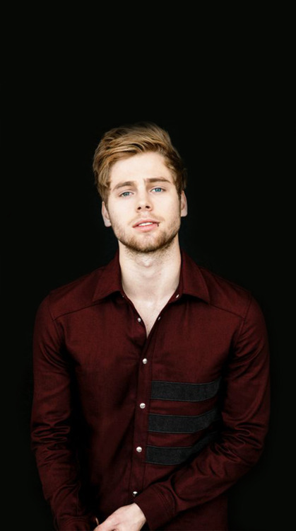 Luke Hemmings Wallpaper Tumblr luke hemmings lockscre...