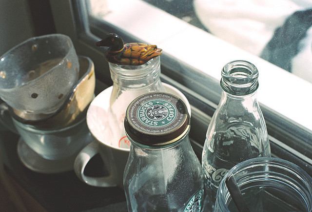 moanarch:  bottles cups by aluo in anotherzoo on Flickr.