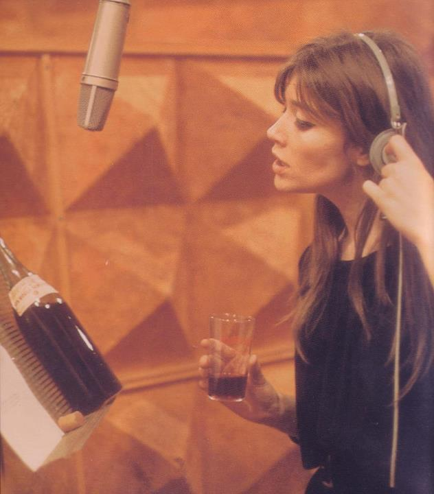 Françoise Hardy in the recording studio.