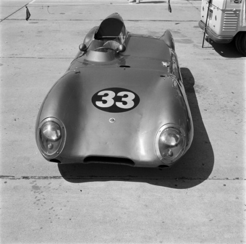 McQueen's #33 Lotus, Santa Barbara Road Race, 1959.