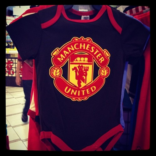 Just saw this baby romper! Sweeeeeet! #ggmu  (at Compass Point)