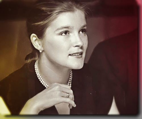 katemulgrew:  Kate Mulgrew early 1980's