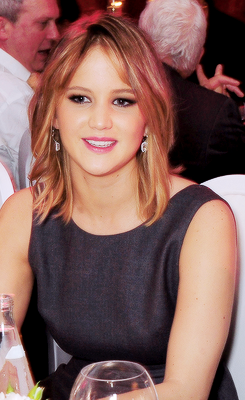 jenniferlawrencedaily:               Jennifer Lawrence at Lionsgate's The Hunger Games: Catching Fire Cannes Party.