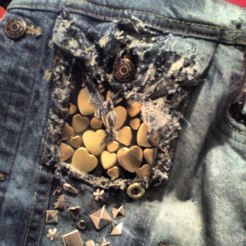 Got your heart in my pocket . #diy #denim #thrift