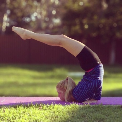 togetherwellmakeitthrough:  Working those backbends 😄❤
