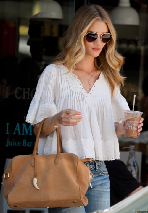 rosie-huntington:  Rosie Huntington-Whiteley out in Hollywood - May 14, 2013