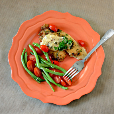 Lemon Garlic Tilapia and Green Beans with recipe (link)