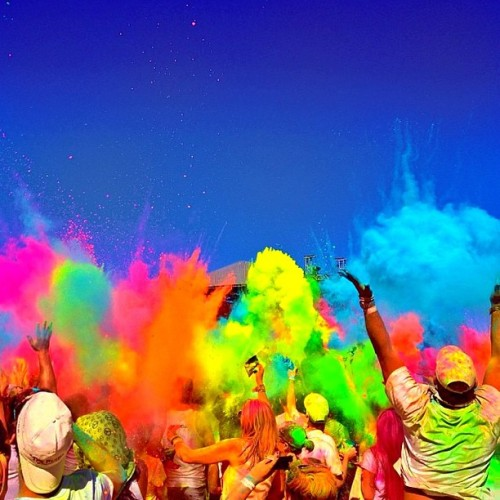 meredithkerekes:  Add to bucket list: participate in #holi sometime. Looks amazing. #colors #india
