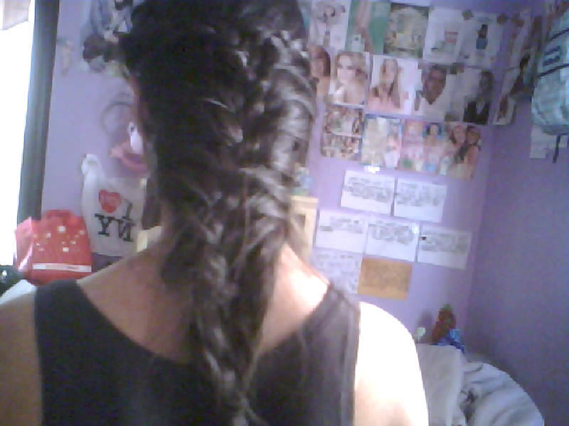 What happens when people at school want to do my hair.. ahah ace /(.o.)/