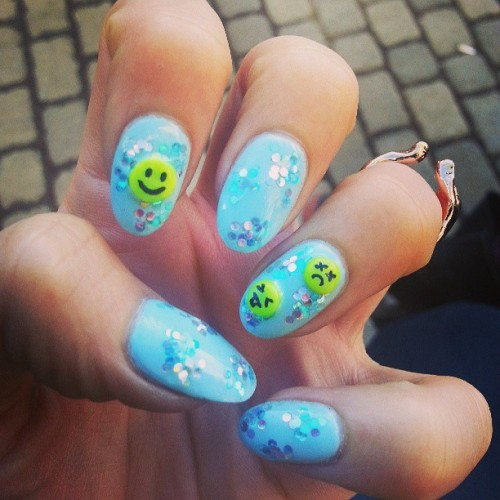 Don't worry be happy… or sad or gross. #3D #nailart #nails #nail #smiley #cute