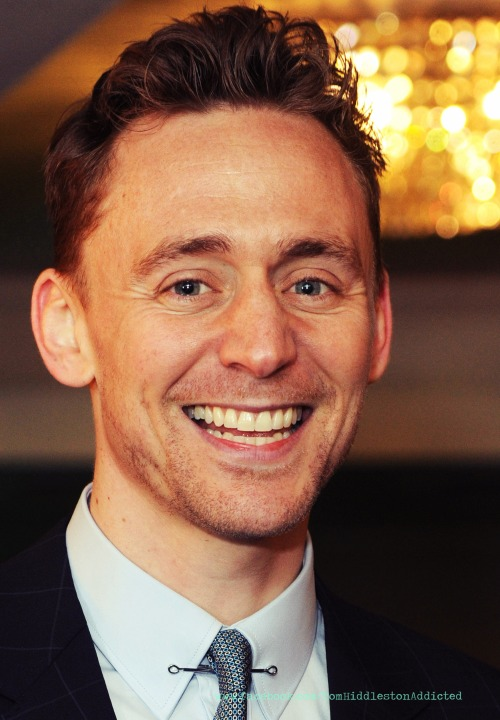 tomhiddlesaddicted:  'Morning HIDDLESTONERS… www.facebook.com/TomHiddlestonAddicted