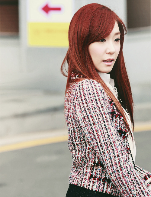 onsicas:  81/100 pictures of tiffany