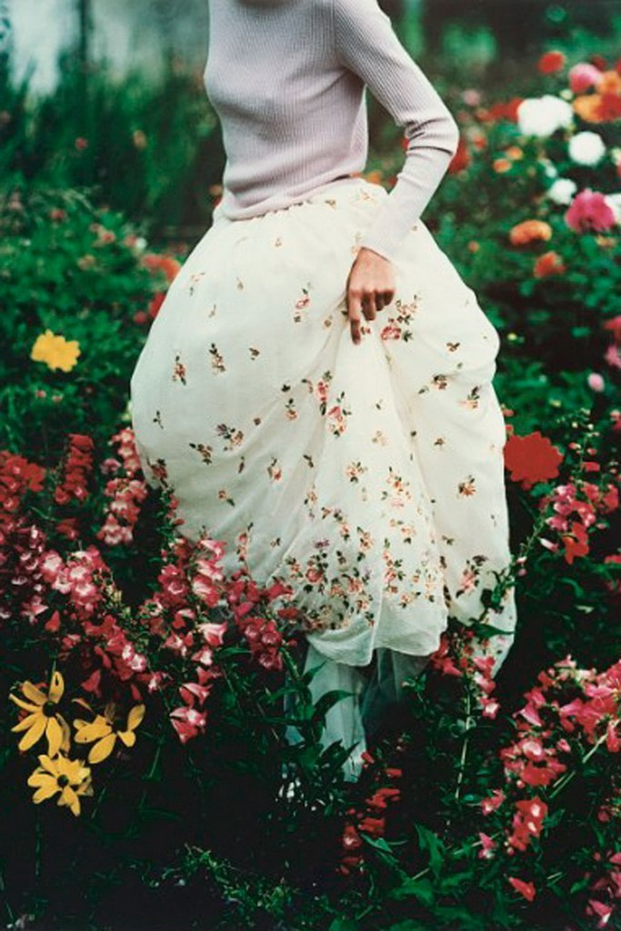 girlsandnroses:  tim walker