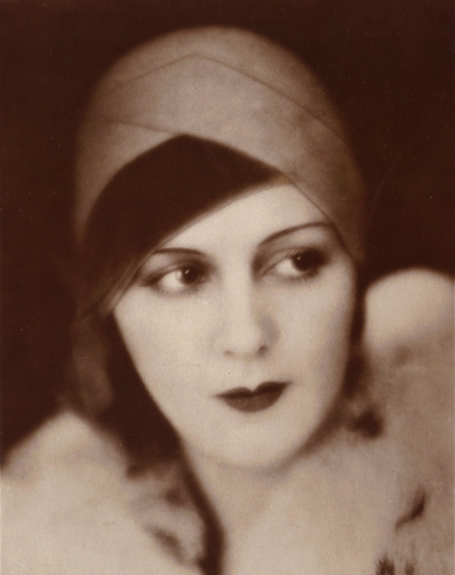 maudelynn:   Renee Heribel , mostly forgotten 1920s/early 1930s actress