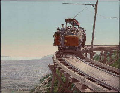 scanzen:  Circular Bridge, Mt. Lowe Railway, Los Angeles County, Calif. Detroit Photographic Co., 1901. Source: Yale Collection of Western Americana, Beinecke Rare Book and Manuscript Library