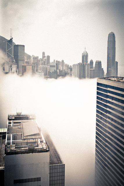 worl-d:  (via City in the clouds | Flickr - Photo Sharing!)