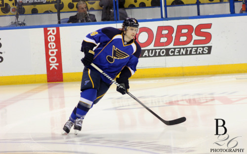 b26photography:  Kris Russell during warm ups of Game 1 Blues vs Kings (4-30-13)