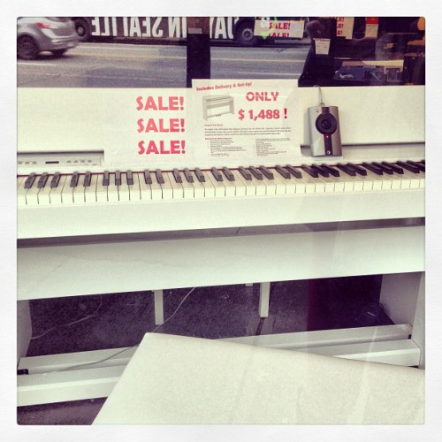 Want. This. #Piano. #Roland.
