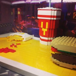 🍟🍔 (at The LEGO® Store)