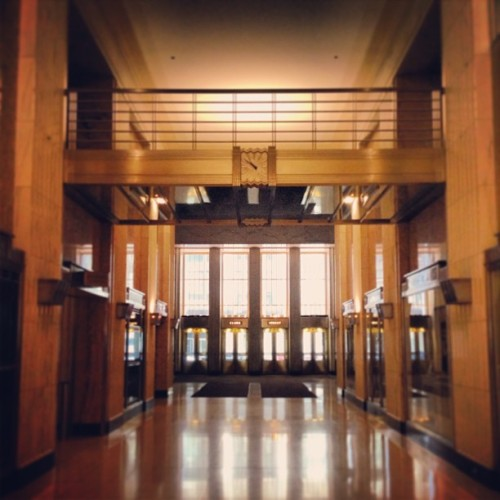 #artdeco #cartier #lobby #field #skyscraper #chicago #downtown #illinois  (at Field Building)