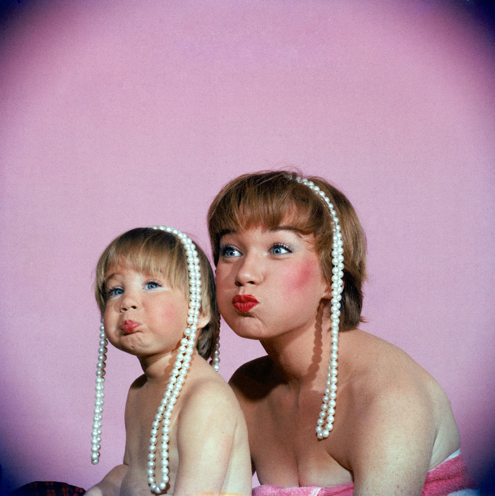life:  Happy Mother's Day! Shirley MacLaine and her daughter, Sachi Parker, in 1959. See more photos here. (Allan Grant—Time & Life Pictures/Getty Images)