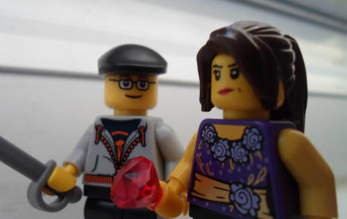 shouri:  We went to a Lego store with my bf and had fun at the 'create your own lego' station! I'll say my expression is spot on.           >D  Hey, you got a ruby literally bigger than your fist! ;D