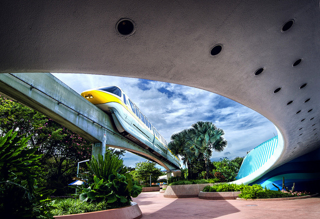 monorail in frame by EddyMixx on Flickr.