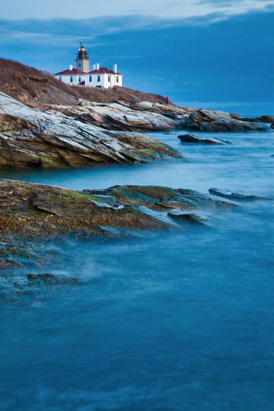 travelingcolors:  Beavertail Lighthouse at Dusk | Rhode Island (by Chris Lazzery)