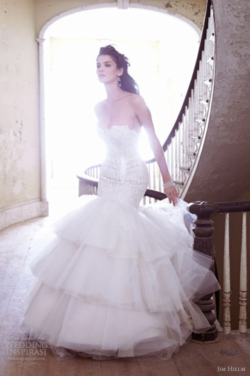 http://www.weddinginspirasi.com/2012/12/20/jim-hjelm-spring-2013-wedding-dresses/