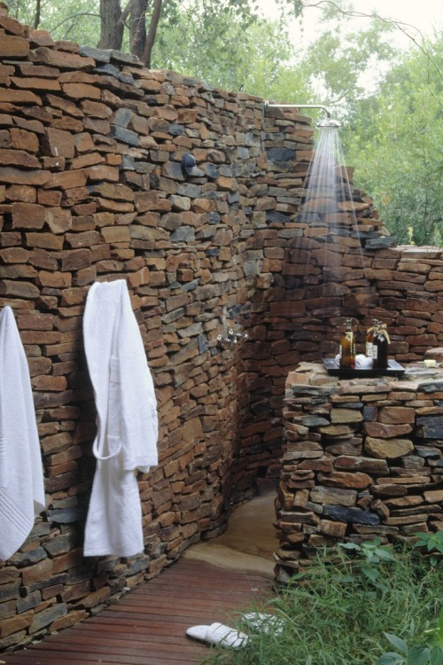 myidealhome:  natural stones outdoor shower (via pinterest)