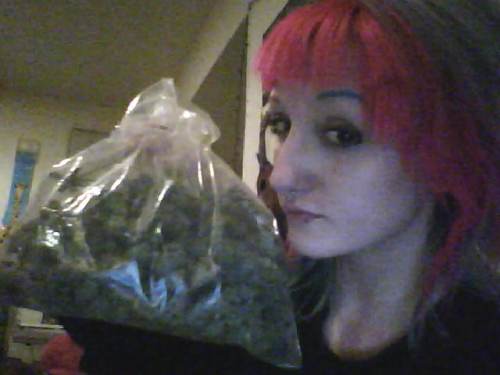 weeed friend <3 2.5oz <3