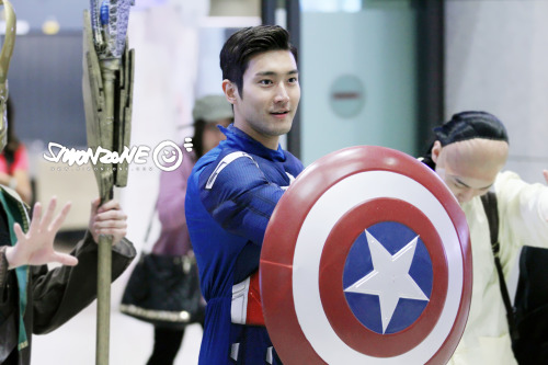 fuckyeahchoisiwon:  130430 SiwonZone Splash Page Update cr: SiwonZone | Do not edit the photo or cut the logo. Do not use for commercial purposes.