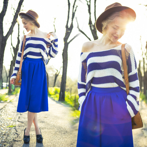lookbookdotnu:  SPRING MOOD: COBALT CULOTTES AND VINTAGE BAG (by Darya Kamalova)