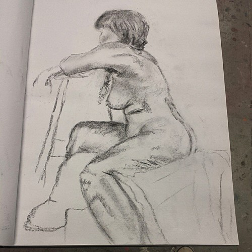 I think this one turned out the best.. #nscad #lifedrawing #nude #figurative #female #drawing #sooutofpractice #ihavealotofworktodo