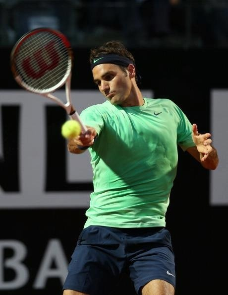 Rog not only destroyed 6-1, 6-2 in his opening match in Rome against P. Starace, Federer also succeeded in winning the fastest set in the history of tennis! The first set was won in a startling 19 minutes. Bravo Roger!!!  Side note: Yes one brief note, Roger got a haircut. Curl lovers look away.