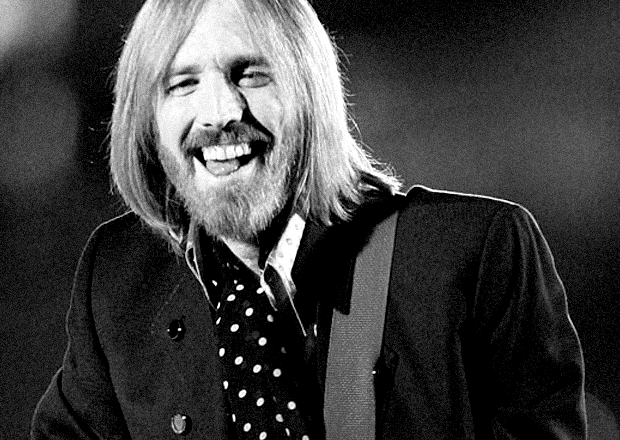 "FREE FALLING Save the last dance for Tom Petty tonight. You might call the iconic American frontman and his band of heartbreakers, the kings of heartland rock—or at least the longest reigning ones. Formed in Gainesville, Florida, in 1976, the band has been churning out hits, like ""American Girl,"" ""Free Fallin',"" and ""Mary Jane's Last Dance,"" for some 37 years. Cozy up with TPATHB for the first of a series of five intimate concerts at the Beacon Theatre starting tonight (shows are May 20, 21, 23, 25, and 26).  Tom Petty in Concert photo via"