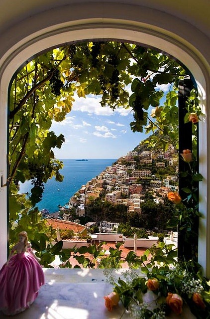 Arch View, Positano, Italy photo via besttravelphotos