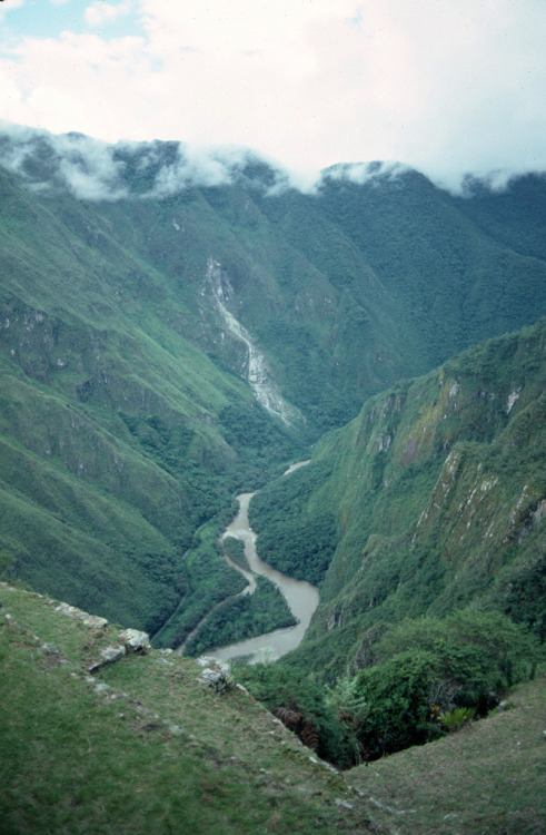 woodlandsouls:  Peru - 2005 (230-11) (by MacClure)
