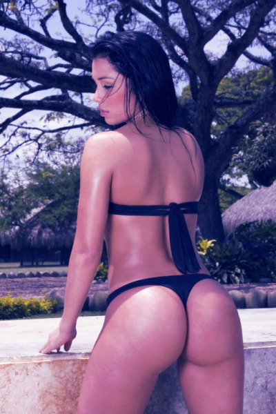 Latina ( Dayana Grisales ) in black thong bikini